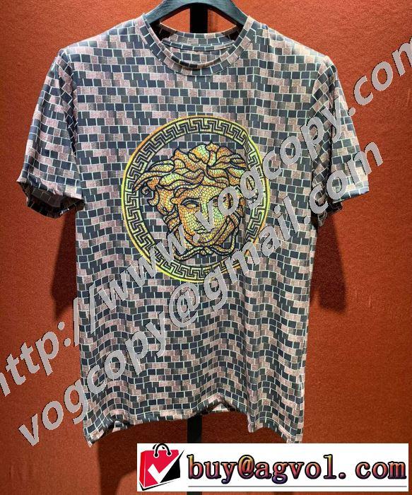 世界共通のアイテム ヴェルサーチ VERSACE 是非ともオススメしたい 半袖Tシャツ 試してみよう