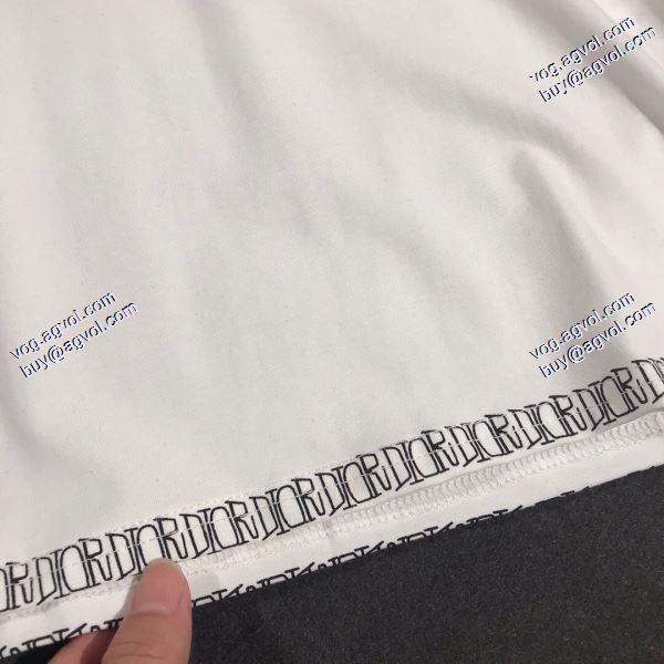 人気雑誌掲載 2020春夏新作ディオール DIOR Tシャツ/半袖 2色可選 ずっと人気