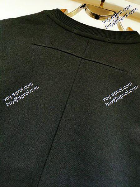 特別人気感謝SALEジバンシー GIVENCHY 2020春夏新作お洒落自在 Tシャツ/半袖