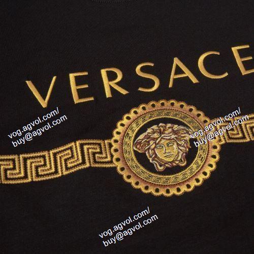 ヴェルサーチVERSACE 2色可選 2021春夏 半袖Tシャツ VERSACEコピーブランド 人気が爆発