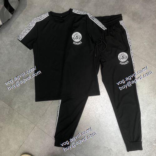 個性派 VERSACE偽物ブランド 半袖Tシャツ 上下セット ヴェルサーチVERSACE 2021春夏