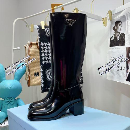プラダ PRADA プラダ偽物ブランド 2021秋冬 編上げ靴タイプ 大人の雰囲気抜群 ロングブーツ 脚長美脚効果がある