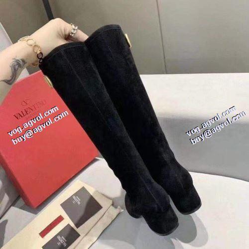 ヴァレンティノ VALENTINO レザーシューズ靴 ヴァレンティノコピー ブランド 2021秋冬 実用性に溢れるアイテム ビット付き ムートンブーツ
